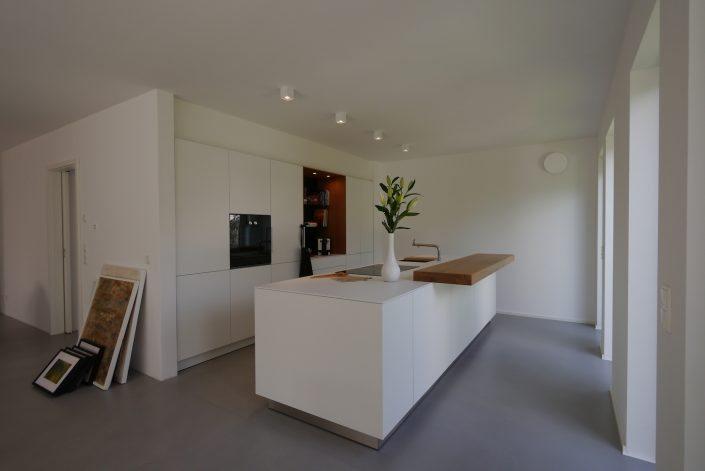 Bulthaup b3 Schreinerküchen Laminat weiß, Theke Eiche