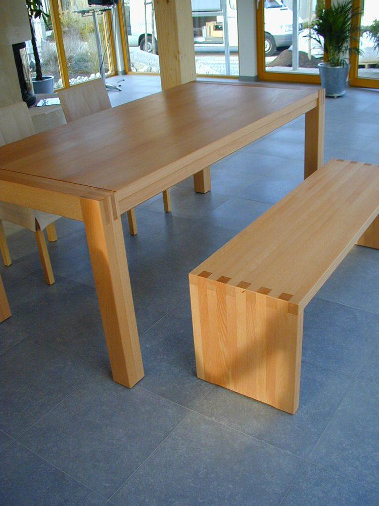Tische, Bänke, Stühle - Schreinerei Lechner