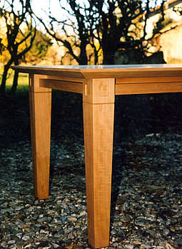 Tisch, Birnbaum
